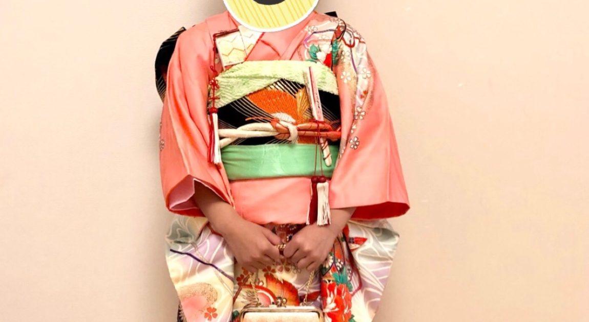 七歳の着物姿の女の子